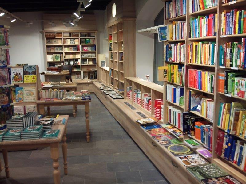 Ladenbau_Bücher_1